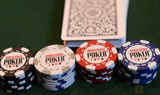 Two of the best online poker rooms offering WSOP satellites are PokerStars and 888poker. Here, you will find a range of qualifiers tailored for every bankroll