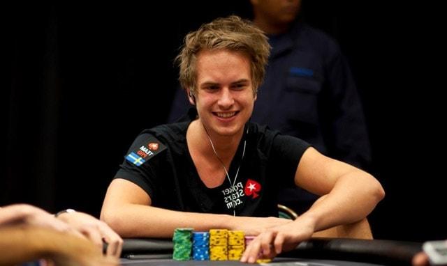 Viktor Blom turning the tables (source: poker.co.uk)