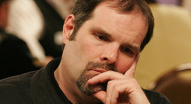 After waiting for it for more than five years, the poker community received an official Howard Lederer's apology yesterday