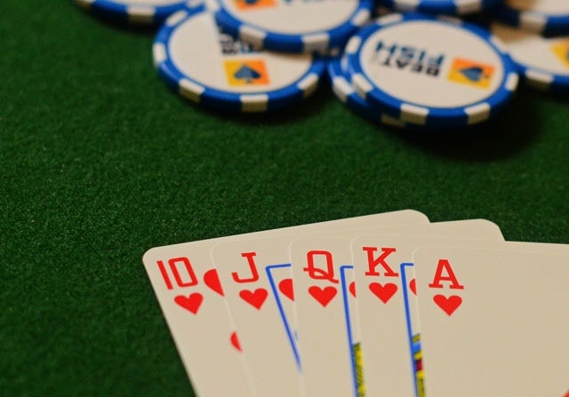 Although there is often a debate, poker rules are clear on who shows first: if there was betting on the last round, the player who made the last aggressive move (bet or raise) should show first