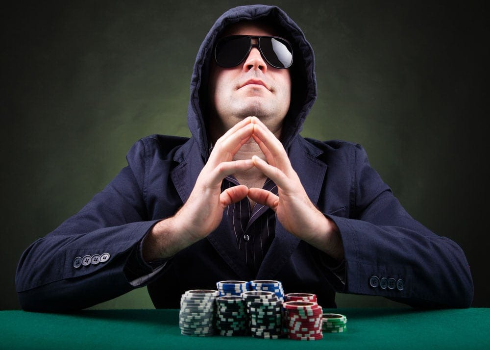 4 Essentials Weak Poker Players Can Learn From Strong Ones