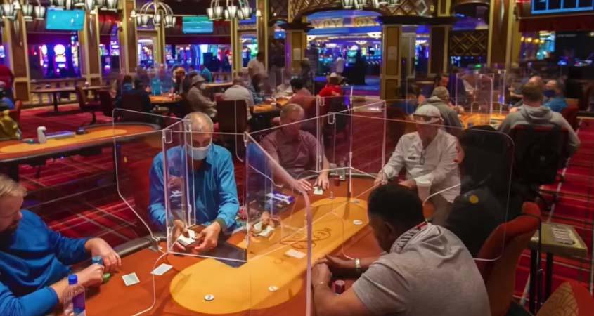 Six-handed plexiglass poker games