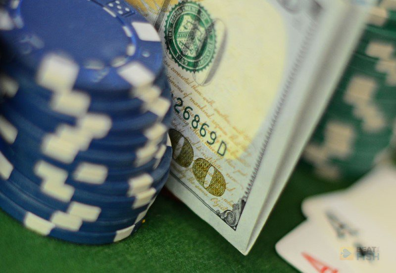 Apple Sued for Launching Illegal Gambling Apps