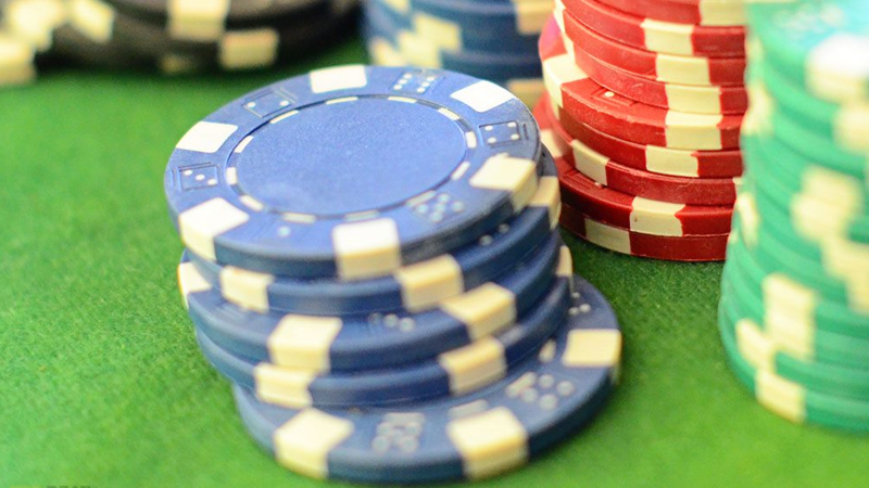 Live Poker Stacking Chips